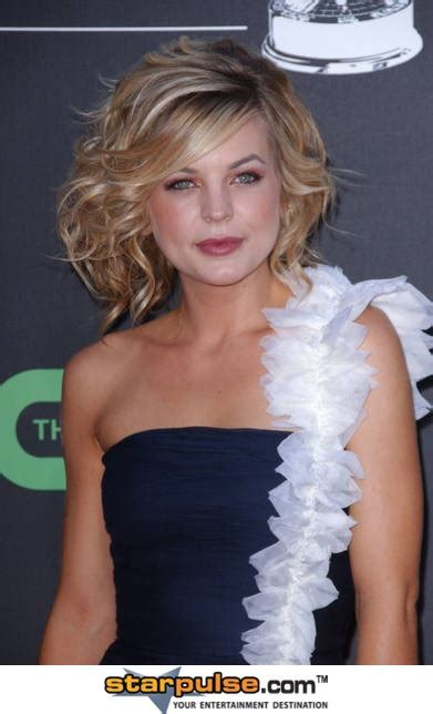 kristen storms who was first known for her role as zenon kirsten storms love how she does her hair makeup gh