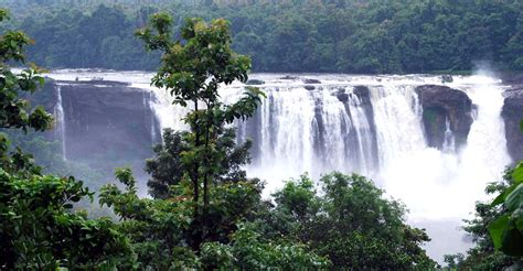 famous waterfalls list of famous waterfalls in kerala mala co in