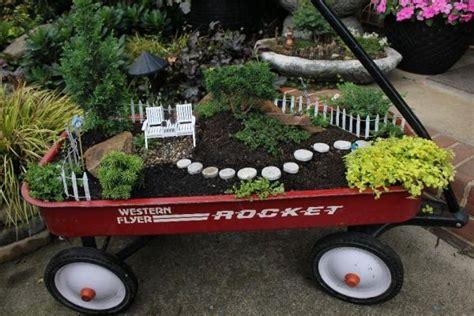 wholesale miniature and garden supplies