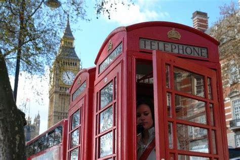 vecchie cabine telefoniche in uk le vecchie cabine telefoniche diventano uffici in
