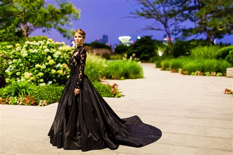 Lace Chandelier Queen Of The Night Elegant Black Wedding Dresses With