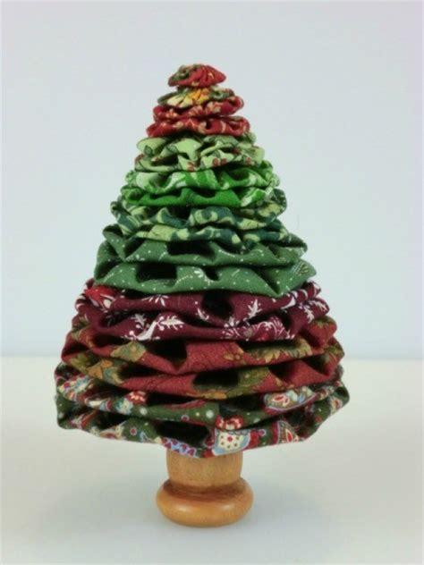 making yo yo christmas trees thriftyfun