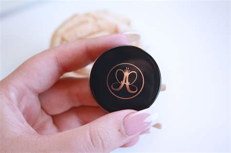 Pomade God beverly dipbrow pomade in le