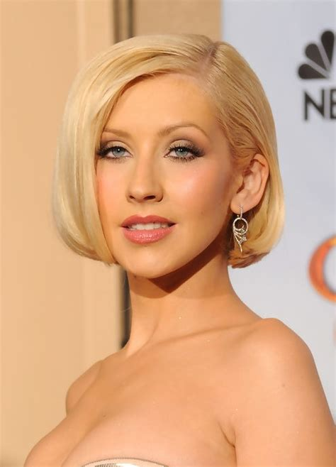 christina aguilera short blonde bob hairstyle with bangs