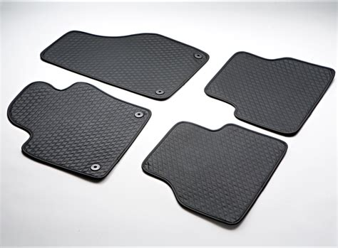 Leather Floor Mats by Leather Floor Mats For Cars And Cargo Liner For Car Trunks
