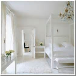 Chloe at home inspiring all white rooms celebrate amp decorate
