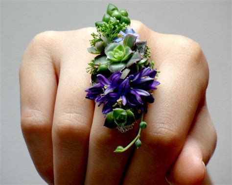 2015 prom wrist corsages 36 best images about prom boutonnieres and corsages on