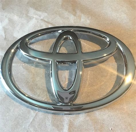 Toyota Camry Logo Replacement Toyota Tundra 2003 2004 2005 2006 Front Grille Emblem