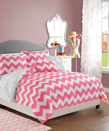 pink chevron bedroom 1000 ideas about pink chevron walls on pinterest