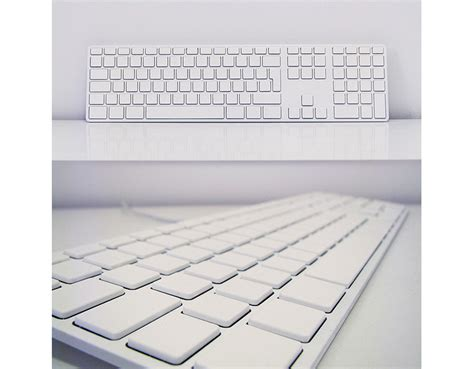 minimalist keyboard minimalist maniac whitens apple keyboard with spraypaint wired