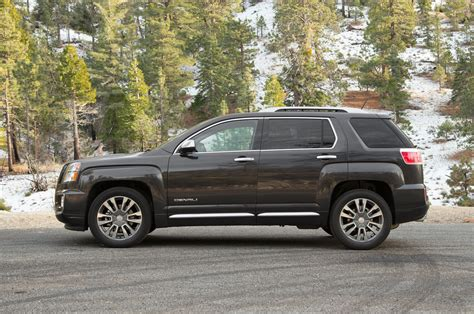 reviews for gmc terrain 2016 gmc terrain review and rating motor trend