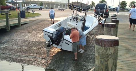 jon boat fails you re doing it wrong 12 priceless boat launch fails