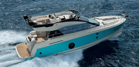 Montecarlo Mcmc 5 mc5 monte carlo true luxury motorboats by b 233 n 233 teau and monte carlo yachts