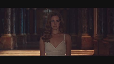 000824409x i was born for this born to die music video lana del rey image 29201903