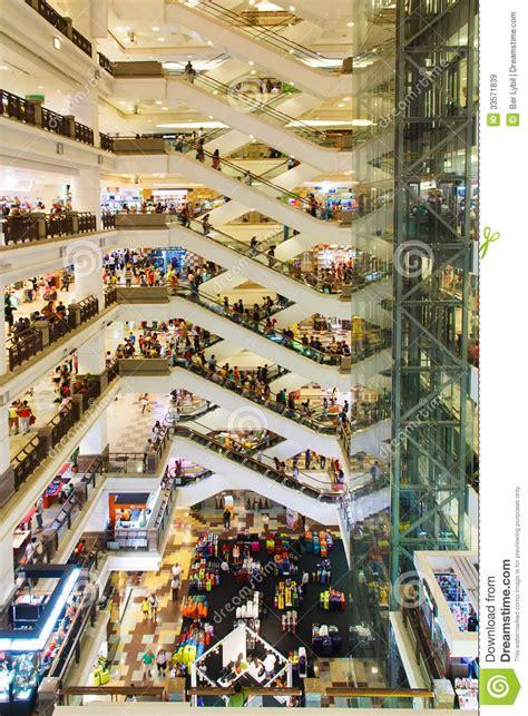 shopping dress di times square centro commerciale a kuala lumpur immagine stock
