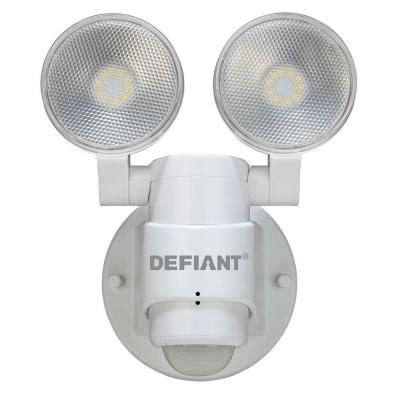 defiant motion security light manual defiant 180 degree 2 head white outdoor flood light