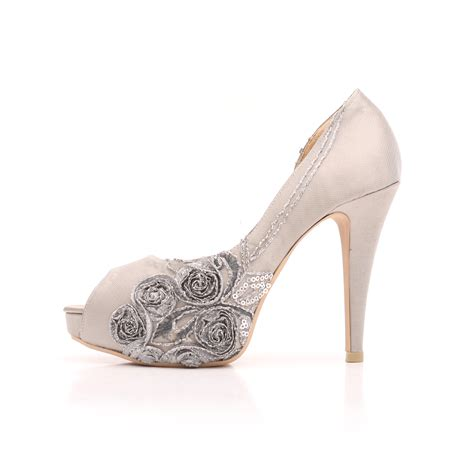 Wedding Shoes Tips by Planyourwedding 6 Tips On Wedding Shoes Shopping