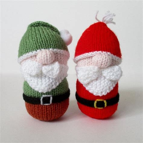 easy knitted decorations 1000 ideas about knitting on