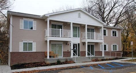 rochester appartments brittany woods apartments rochester ny apartment finder