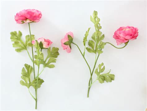 How To Make Realistic Paper Flowers - diy paper sack vase realistic faux flowers