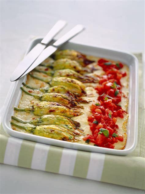 ricetta pasta con i fiori di zucca ricetta fiori di zucca alla ricotta sale pepe