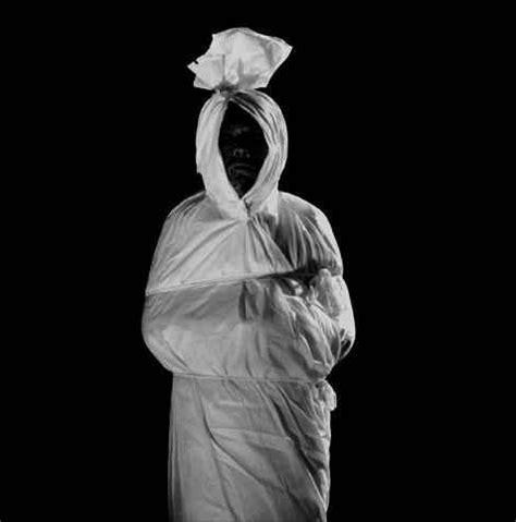 foto hantu seram foto hantu nyata di indonesia foto foto pocong paling seram spot misteri