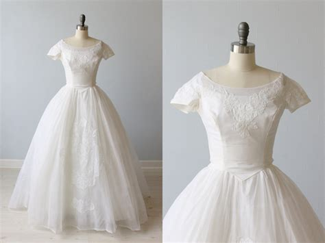 1950s dress 50s lace dress wedding dress alamondine 1950s wedding dress 1950s lace and organza wedding gown