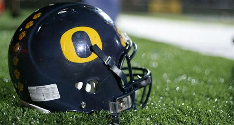 helmet design reduces concussions football helmet redesign can reduce concussion risk