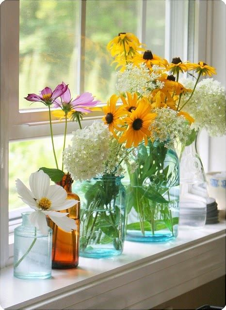 Flowers For Kitchen Windowsill 25 Best Ideas About Window Sill Decor On