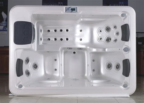 3 person bathtub 3 person tub 28 images home and garden spas 3 person