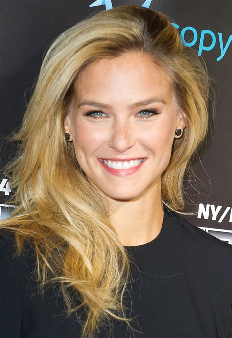 bar refaeli classify model bar refaeli