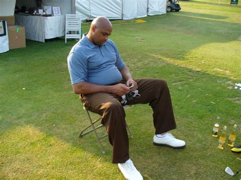 charles barkley golf swing before and after stop the presses charles barkley finishes last at