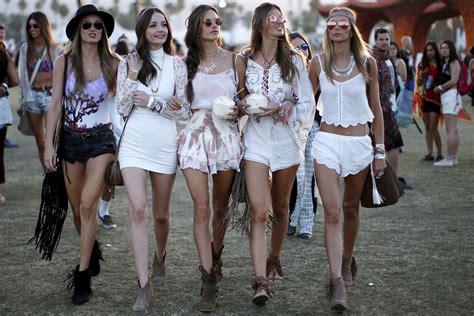 The Alessandra Ambrosio Weekend by Best 2015 Coachella Looks Weekend 1 The Bogatte