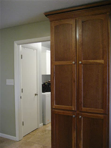 36 wide pantry cabinet it day 9 clutter free kitchen cabinets