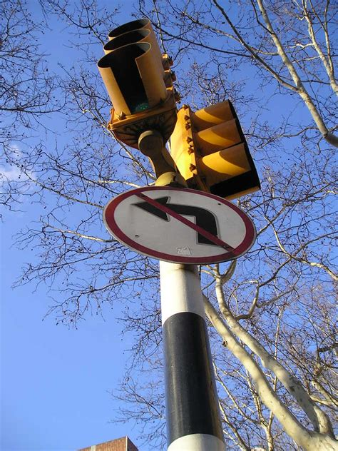 car accidents caused by traffic lights vehicle accidents caused by running a red light or stop