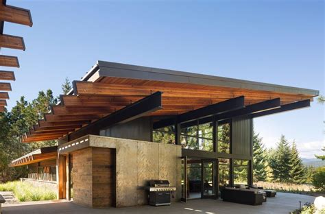 steel beam house design 25 best ideas about roof overhang on pinterest modern contemporary house