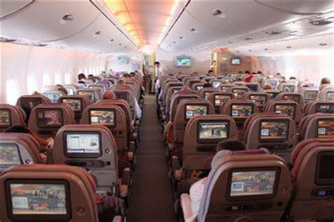 emirates economy class review review emirates airbus a380 super jumbo gotravelyourway