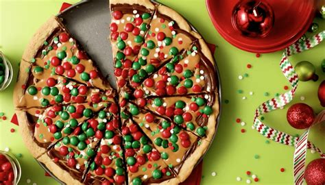recipe    holiday cookie pizza simplemost
