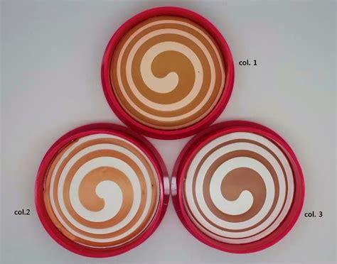 Bedak Chriszen produk kecantikan wanita chriszen moist cake 2 in 1