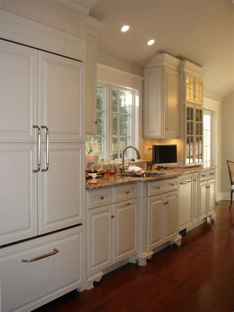 Paneled Kitchen Cabinets by Raised Panel Cabinets Kitchen Traditional With H