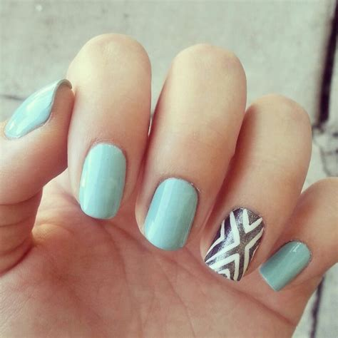 aztec pattern nail art tiffany blue with an aztec accent nail by angelina banar