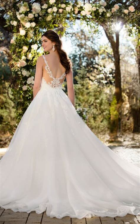 Weddings Gowns by Wedding Dresses Gallery Essense Of Australia