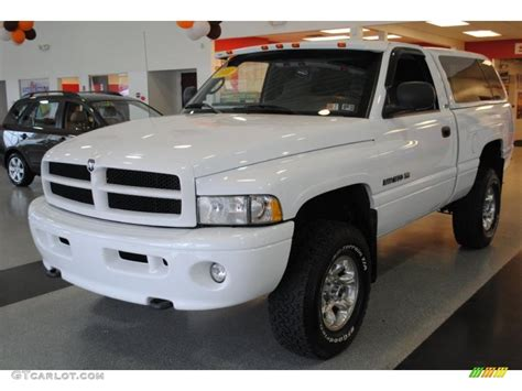 dodge ram 1500 sport 2001 2001 bright white dodge ram 1500 sport regular cab 4x4