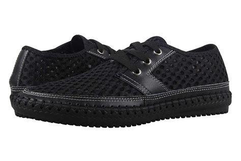 best water shoes the 18 best water shoes and reviews for and