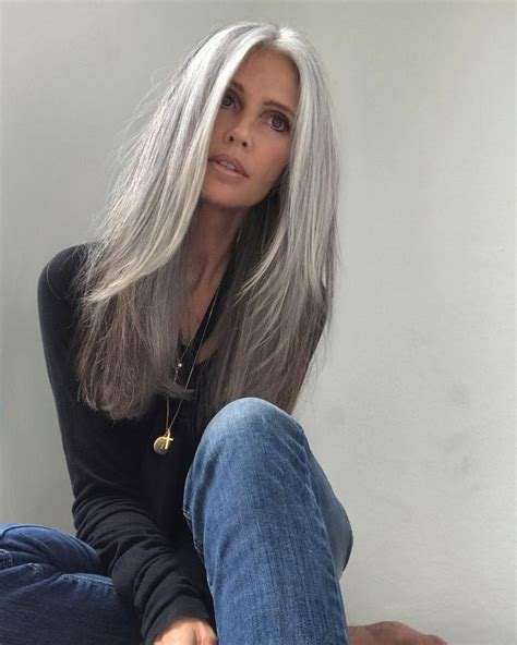 Wedding Hairstyles For Grey Hair by Best 25 Silver Hair Ideas On Silver