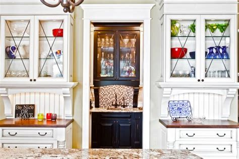 Kitchen Hutch Pantry by Kitchen Hutches Butler S Pantry