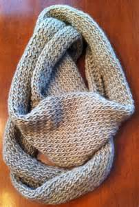 How To End A Knitted Infinity Scarf 1000 Ideas About Infinity Scarf Patterns On