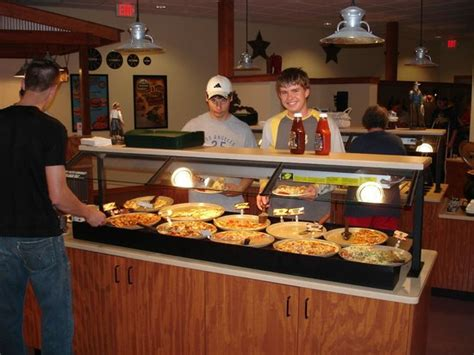 arcade next door bild von pizza ranch waupun tripadvisor