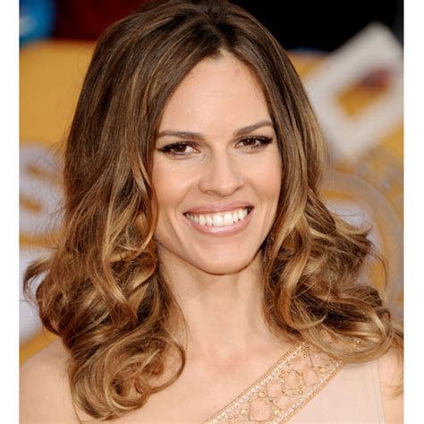 Hilary Swank Looks Great Until You Get To The by How To Get Hilary Swank S Sag Awards Hairstyle Popsugar