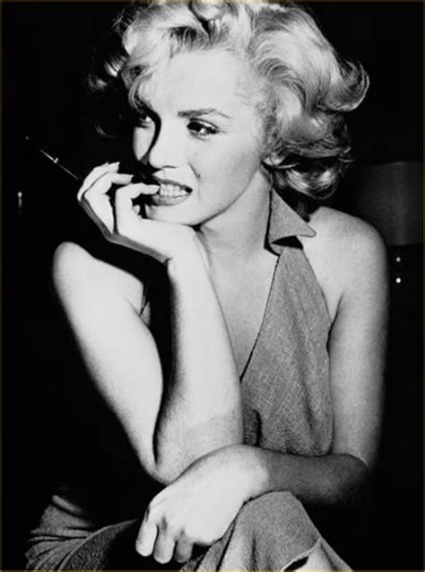biography marilyn monroe the ever changing female ideal 1900 1950 part 1